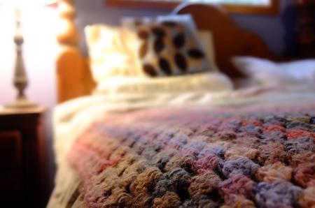 ⇒ Das Vintage Bett - Wo Luxus auf Komfort trifft!