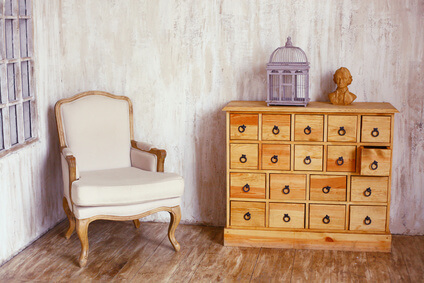 traumhafte vintage kommoden im shabby look. Black Bedroom Furniture Sets. Home Design Ideas